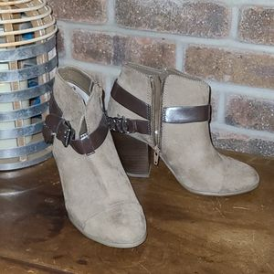 Carlos Heeled Boots with Zipper